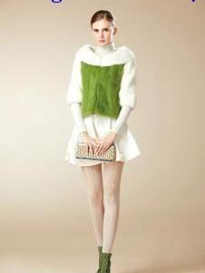 卡缇国际女装240258款