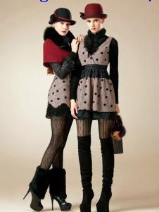 卡缇国际女装240259款